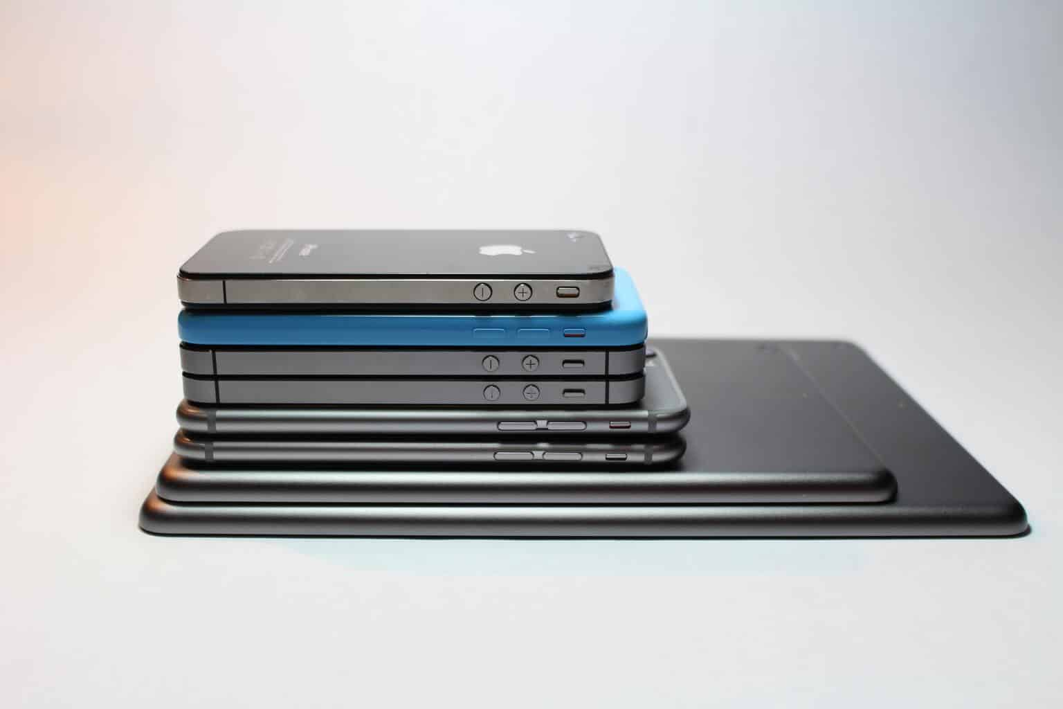 00115c1225 iPhone History: A Timeline From 2007-2019 | History Cooperative