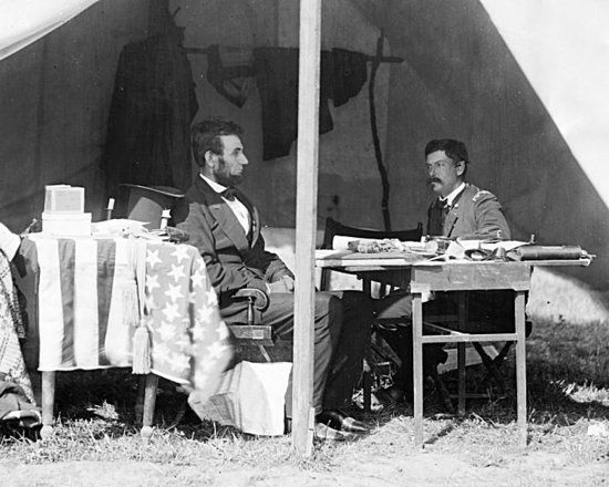 Abraham Lincoln and George B McClellan 1862
